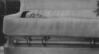 Elvis Presley Death Photo Pic